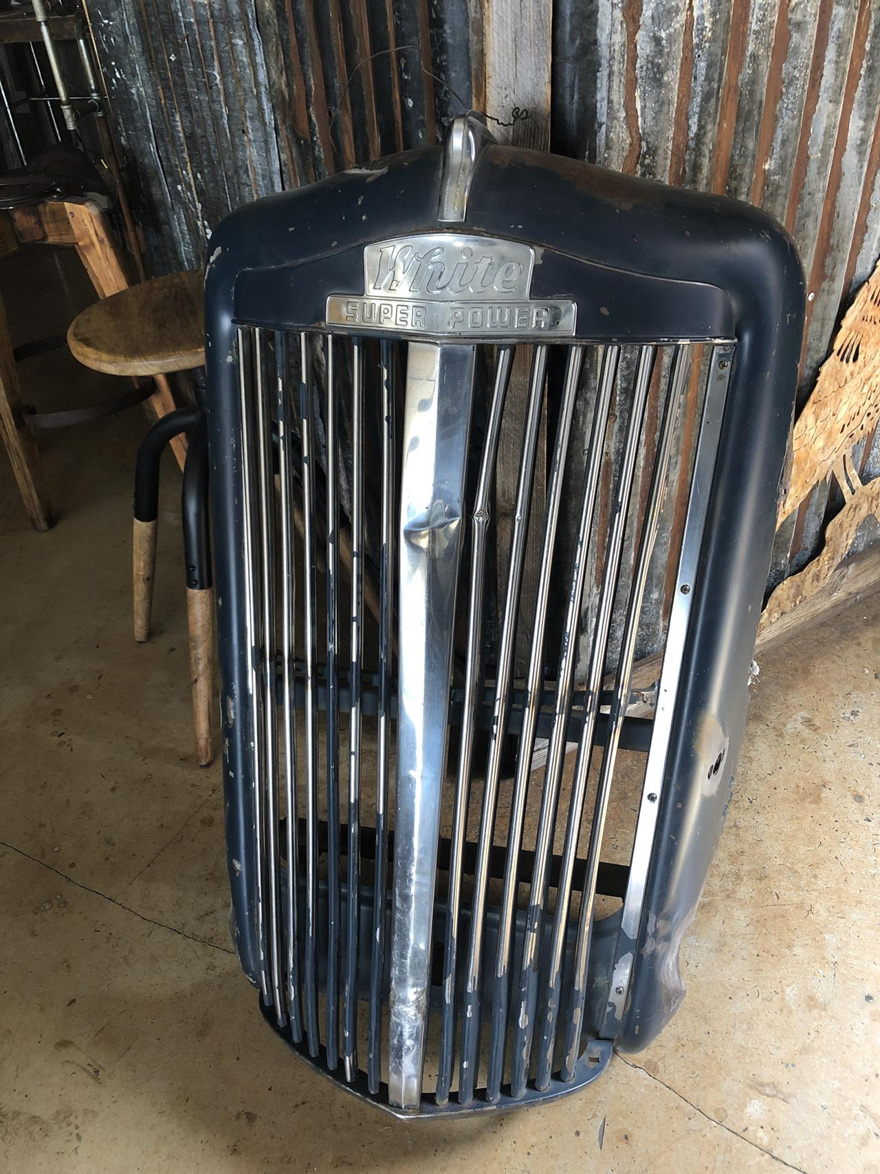 Vintage style , with post war heavy metal . Makes great yard art or indoor art.<br/>